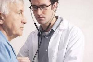 Медицинская помощь врача