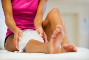 Травма колена лечение дома