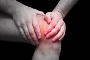 Травма колена: частые причины, симптомы, диагностика и варианты лечения, сроки восстановления. Травмы коленного сустава: виды повреждений, симптомы, лечение Травмы колена виды и лечение