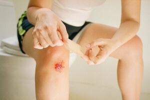 Травма колена после падения