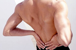 Симптомы растяжения спины