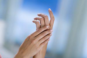 Онемели пальцы