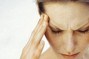 Почему болит правый висок головы