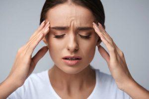От каких продуктов может болеть голова. Причины мигрени