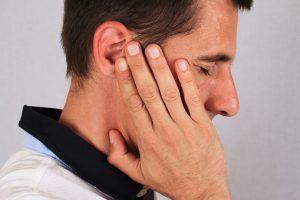 Парестезия ушной раковины