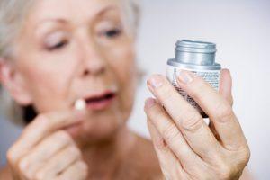 Таблетки от головной боли для пожилых людей