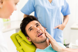 Болит зубик после приема стоматолога