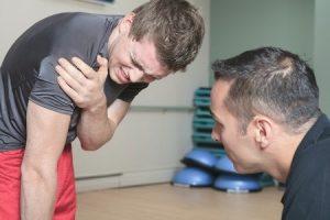 Болят суставы из-за тренировки