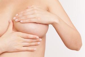 Беспокоит грудь у девочки