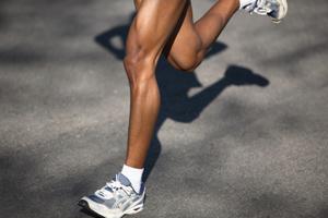 Ноги бегущего
